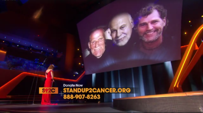 Céline Dion chante à la soirée Stand Up to Cancer le 9 septembre