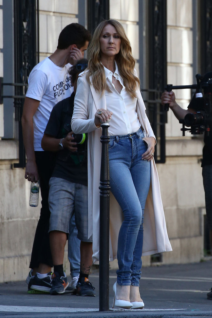 Photos : Céline Dion : les premières images de son tournage à Paris !
