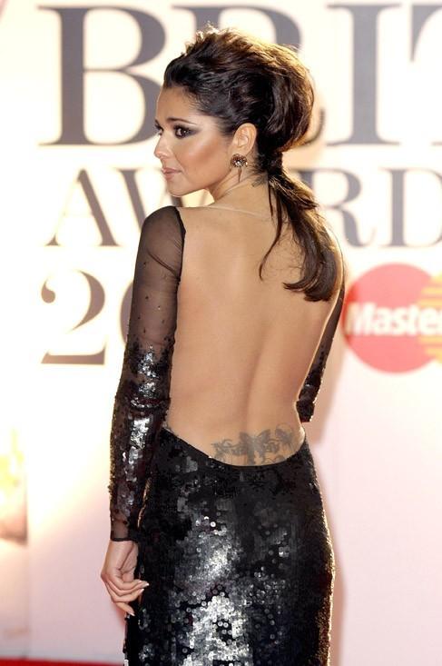 Cheryl Cole, la séduction au creux des reins !