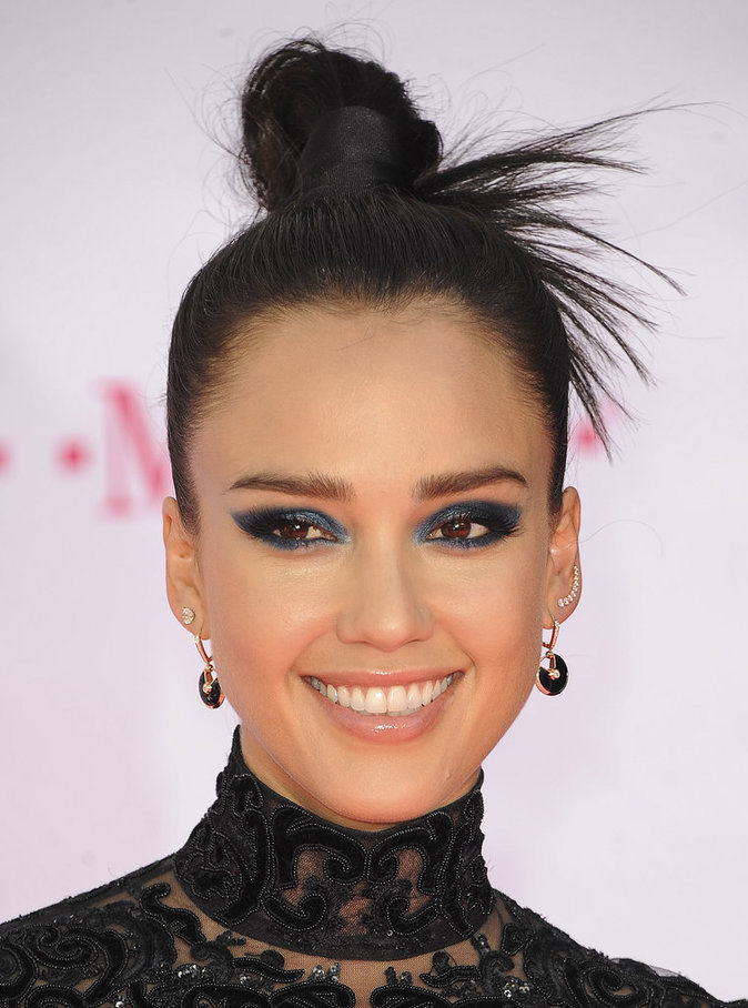Jessica Alba a créée une entreprise avec des produits pour enfants, ainsi que sa ligne de cosmétiques The Honest Beauty