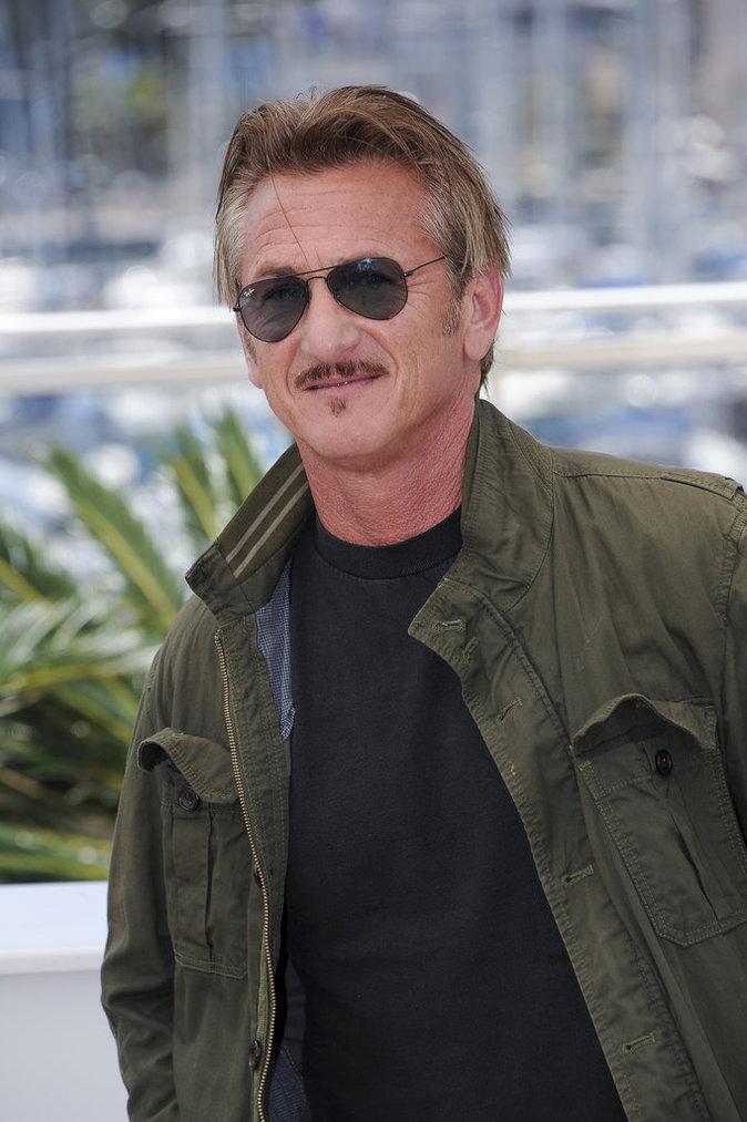 Sean Penn est PDG & fondateur de J/P Haitian Relief Organization