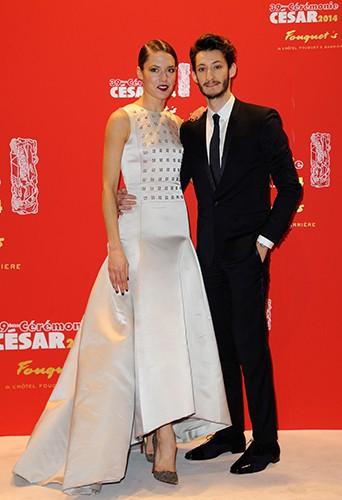 Natasha Andrews et Pierre Niney