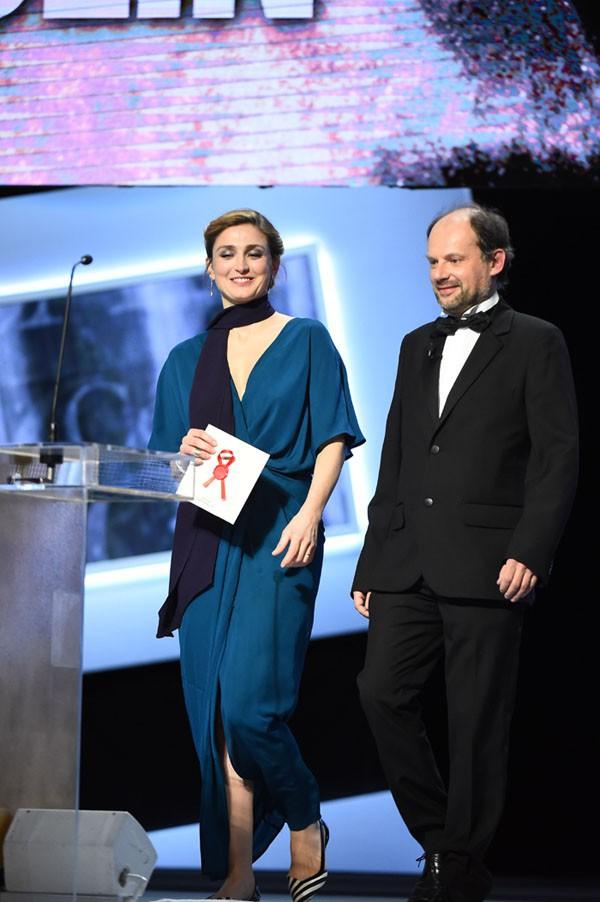 Julie Gayet à la cérémonie des César le 20 février 2015