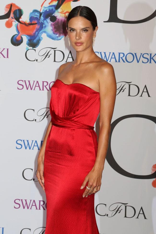 Alessandra Ambrosio à la cérémonie des CFDA Fashion Awards organisée à New-York le 2 juin 2014