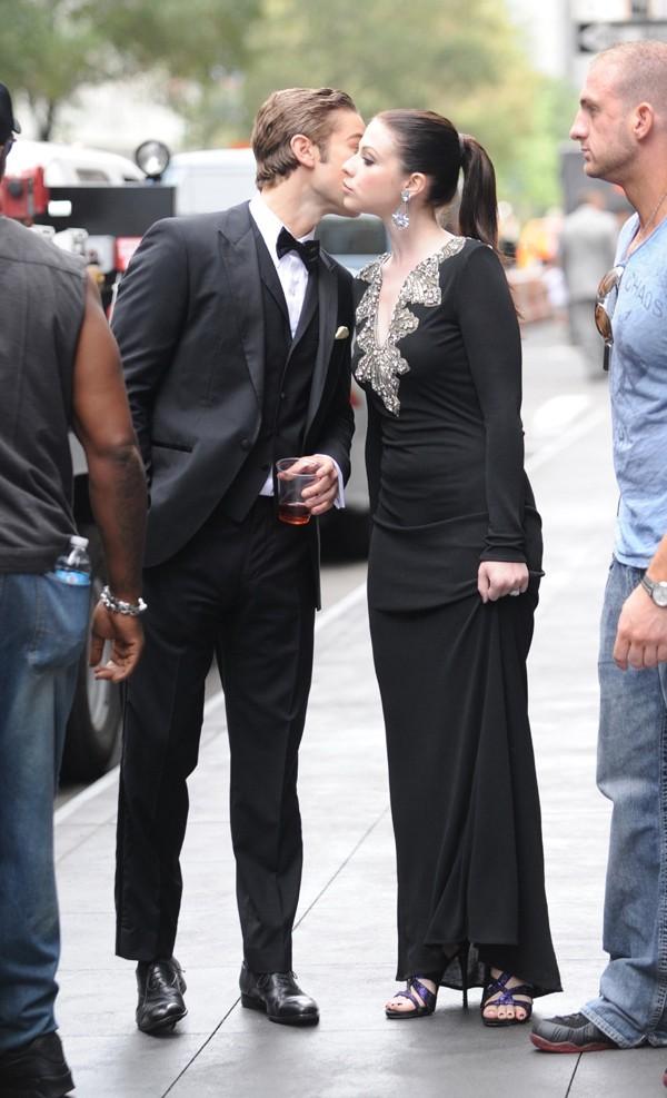 Chace Crawford et Michelle Trachtenberg sur le tournage de Gossip Girl à New-York le 21 août 2012