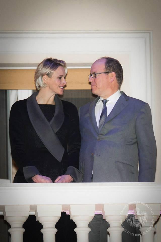 Photos : Charlène de Monaco : beauté chic au côté d'Albert pour honorer la tradition !