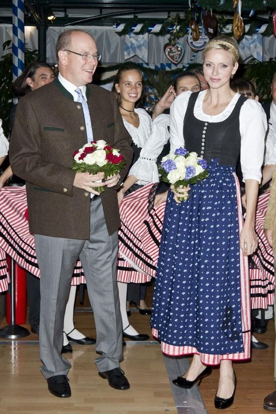 Charlène et Albert à la 7ème édition de l'Oktoberfest au café de Paris a Monaco le 14 octobre 2012