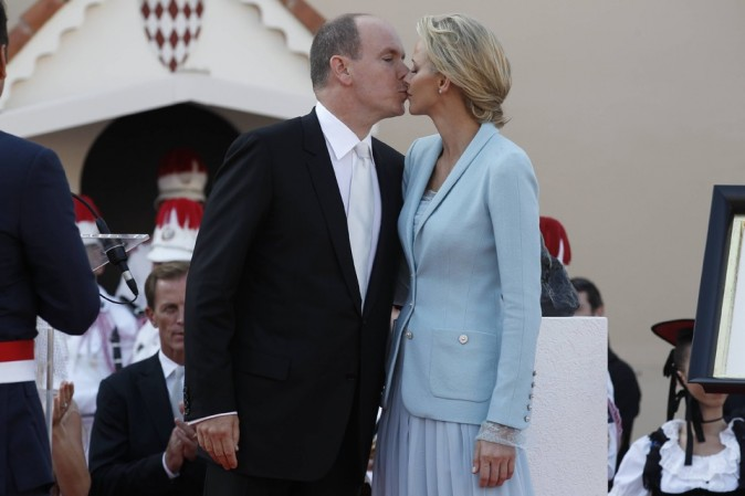 Ils aiment beaucoup s'embrasser !