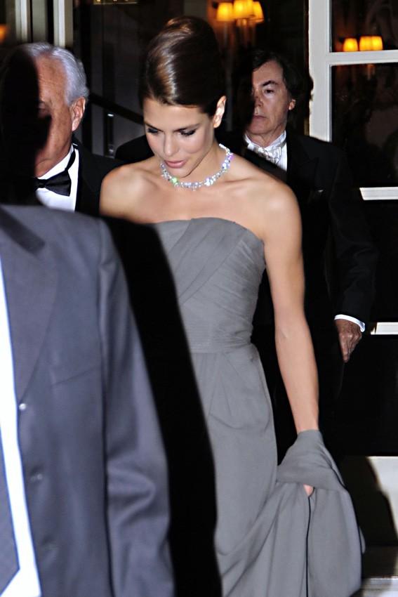 Charlotte Casiraghi à la sortie de son hôtel de Madrid le 22 octobre 2012