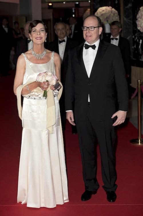 Caroline de Monaco et le prince Albert au 61ème Bal de la Rose à Monaco, le 28 mars 2015 !