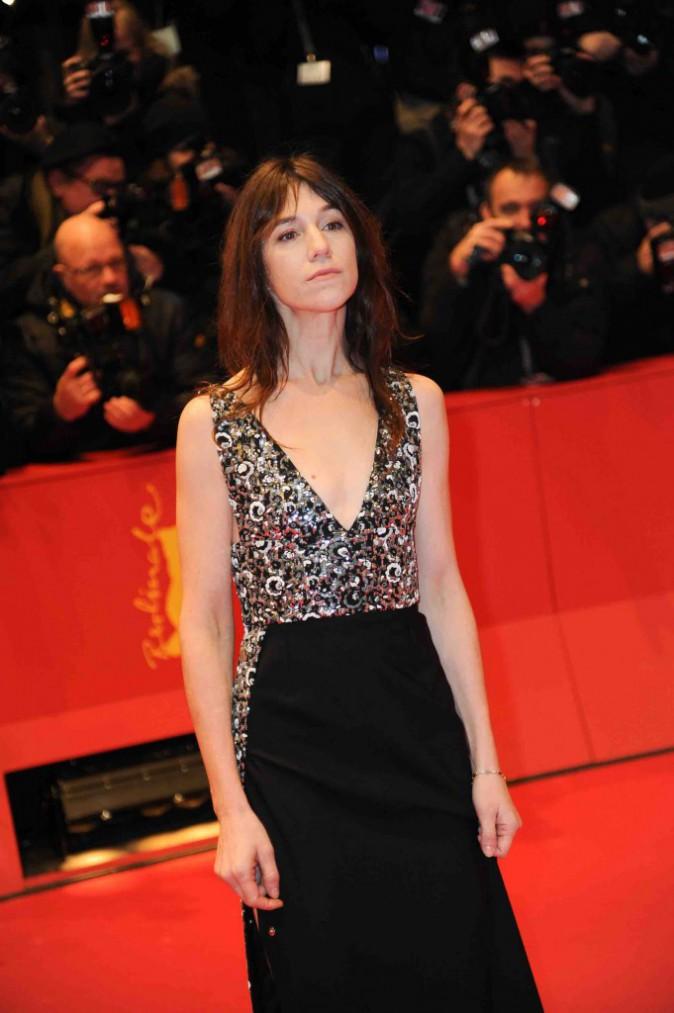Charlotte Gainsbourg : elle se la joue sexy sans le vouloir à la Berlinale 2015 !