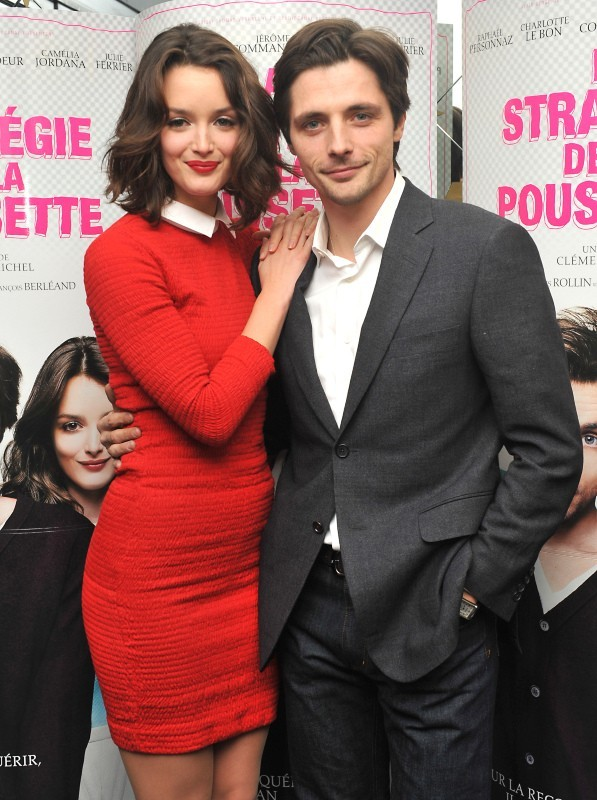 Charlotte Le Bon et Raphael Personnaz le 18 décembre 2012 à Paris