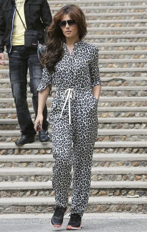 Elle donne un peu l'impression d'être en pyjama