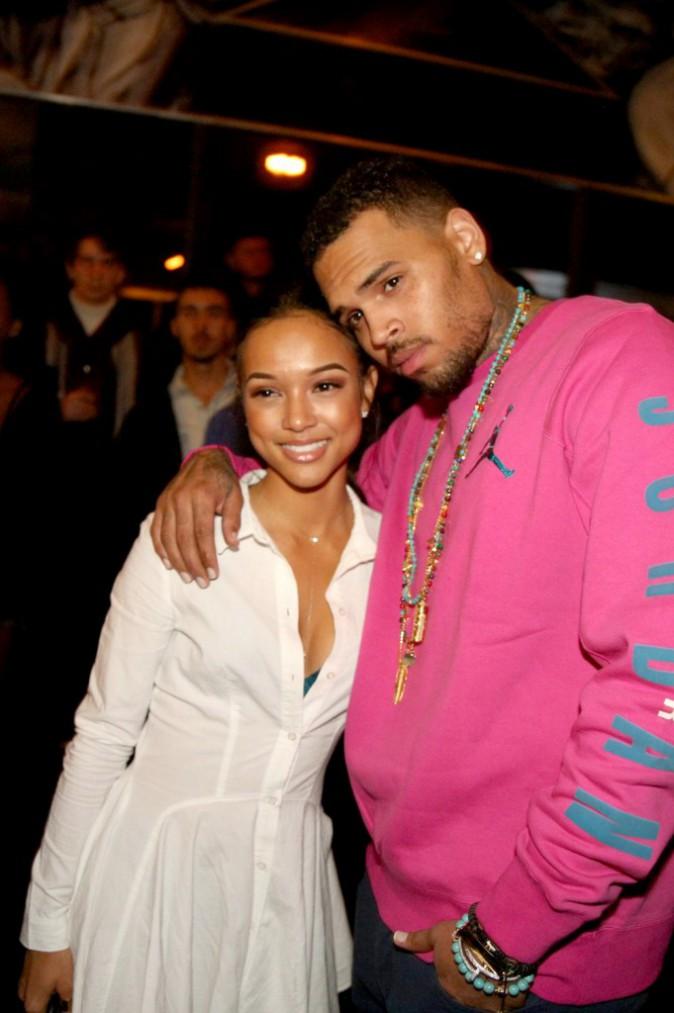 Photos : Chris Brown et Karrueche Tran : il lui fait voir la vie en rose !
