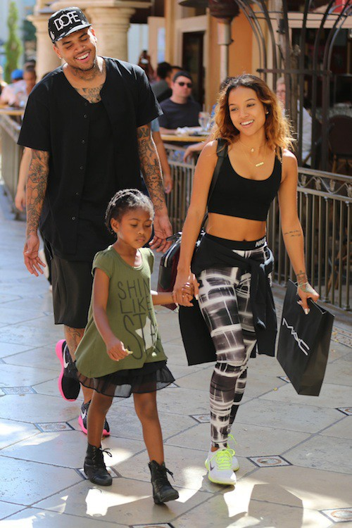 Chris Brown et Karrueche Tran in love en octobre 2014 avec la fille d'amis