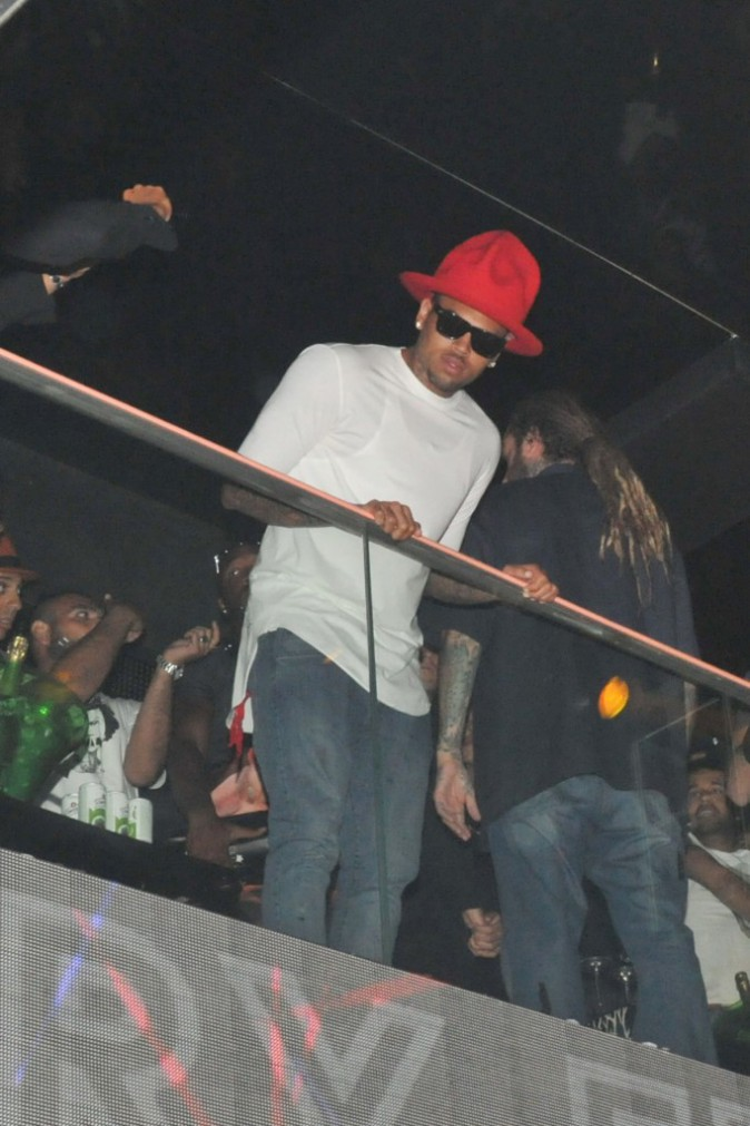 Photos : Chris Brown : showcase explosif et arrosé au VIP Room de Saint-Tropez !