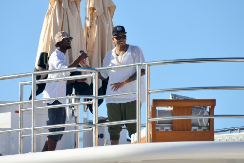 Chris Brown en vacances à Saint Tropez, le 30 juillet 2014