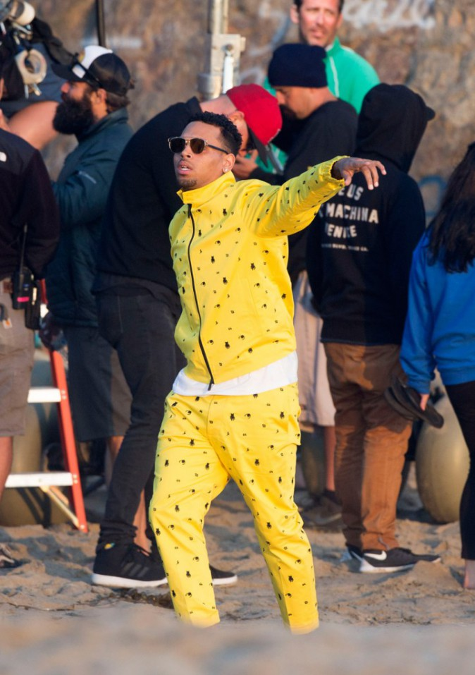 "Chris Brown sur le tournage de ""Do it again"""
