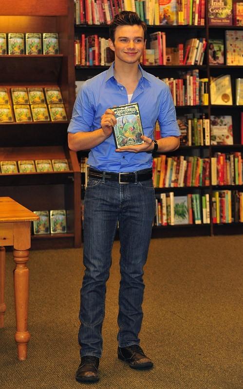 Chris Colfer présente son livre !