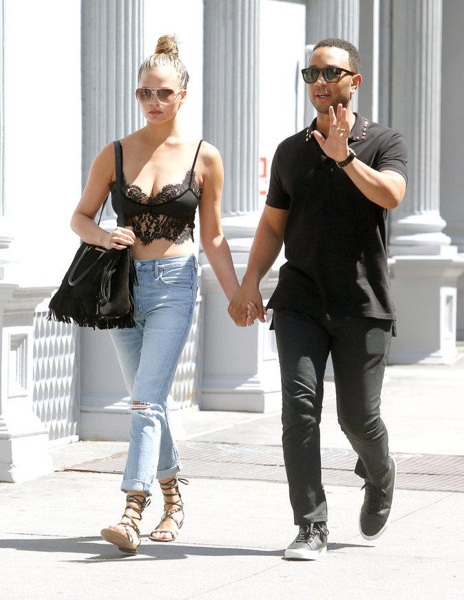 Chrissy Teigen et John Legend balade en amoureux à New York