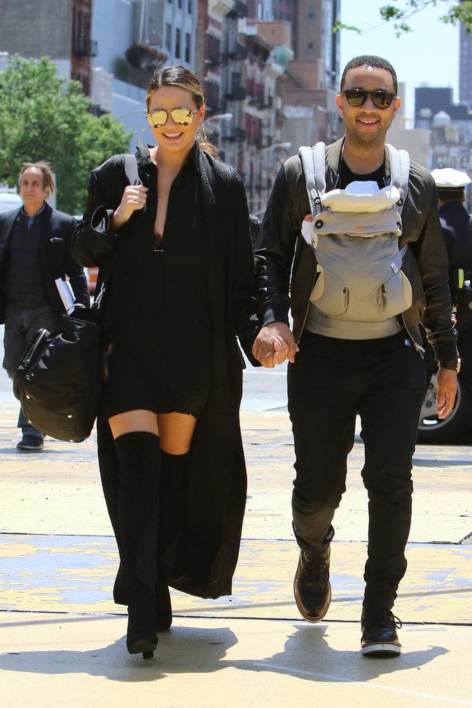 Photos : Chrissy Teigen et John Legend : plus stylés que Kim et Kanye ?