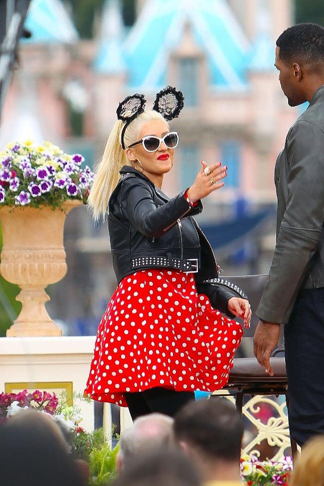 Christina Aguilera en falille chez Mickey à Los Angeles