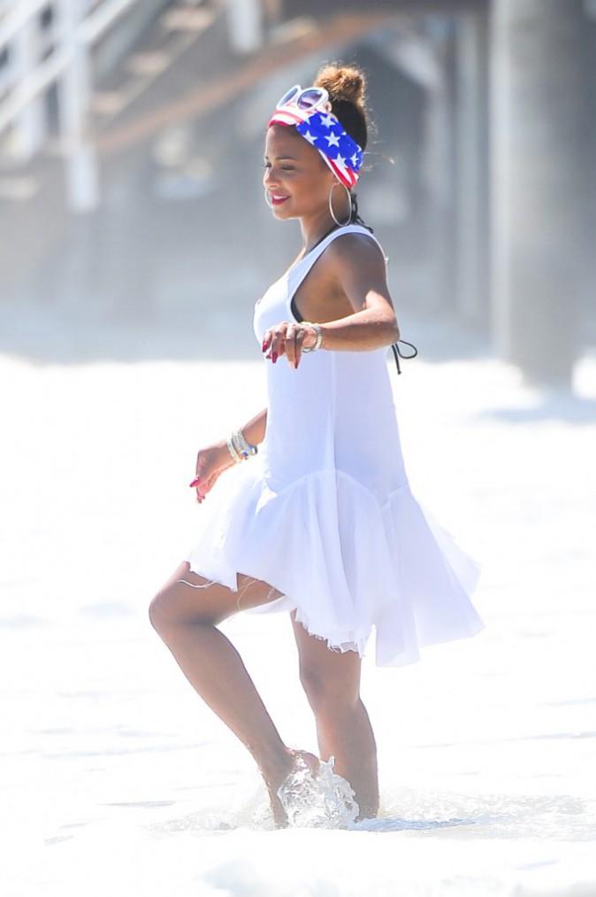 Photos : Christina Milian : fraîchement célibataire, elle s'éclate comme une petite folle à Malibu !