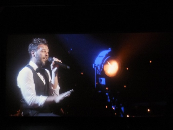 Extrait du concert inédit de Christophe Maé du 13 mai 2013 au théâtre de Paris
