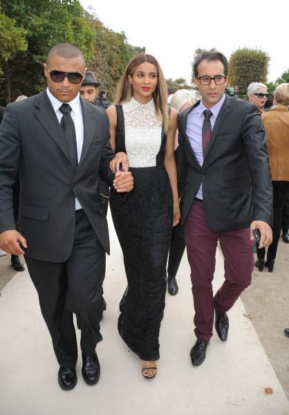 Ciara lors du défilé Valentino à Paris, le 1er octobre 2013.