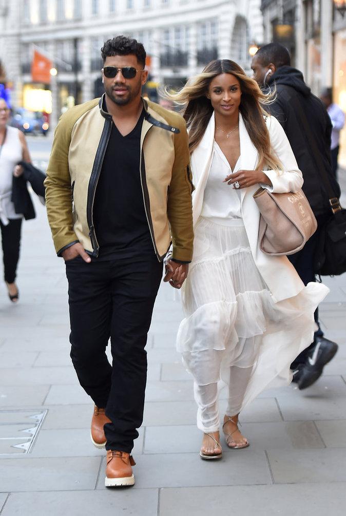 Photos : Ciara et Russell Wilson : shopping de luxe pour les jeunes mariés !