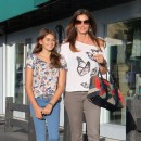 Cindy Crawford avec sa fille Kaia à Los Angeles le 22 juin 2012