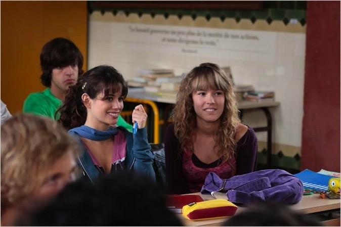 Elodie Fontan et Lucie Lucas alias Alyzée et Clem, amies à l'écran et dans la vraie vie !