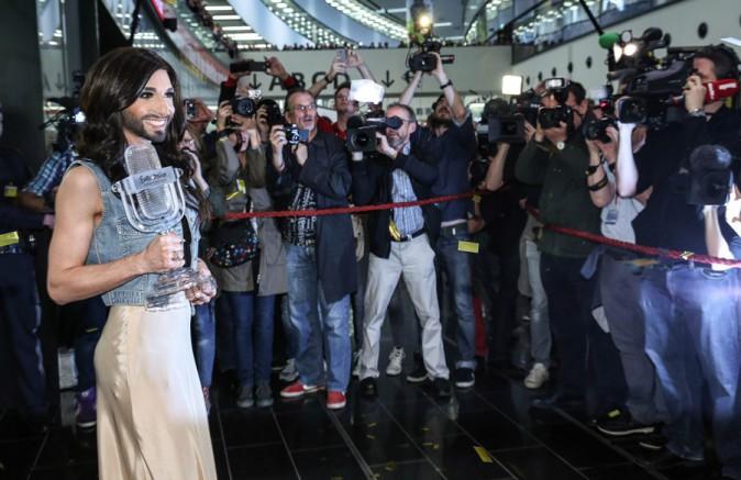 Conchita Wurst à l'aéroport de Vienne le 11 mai 2014