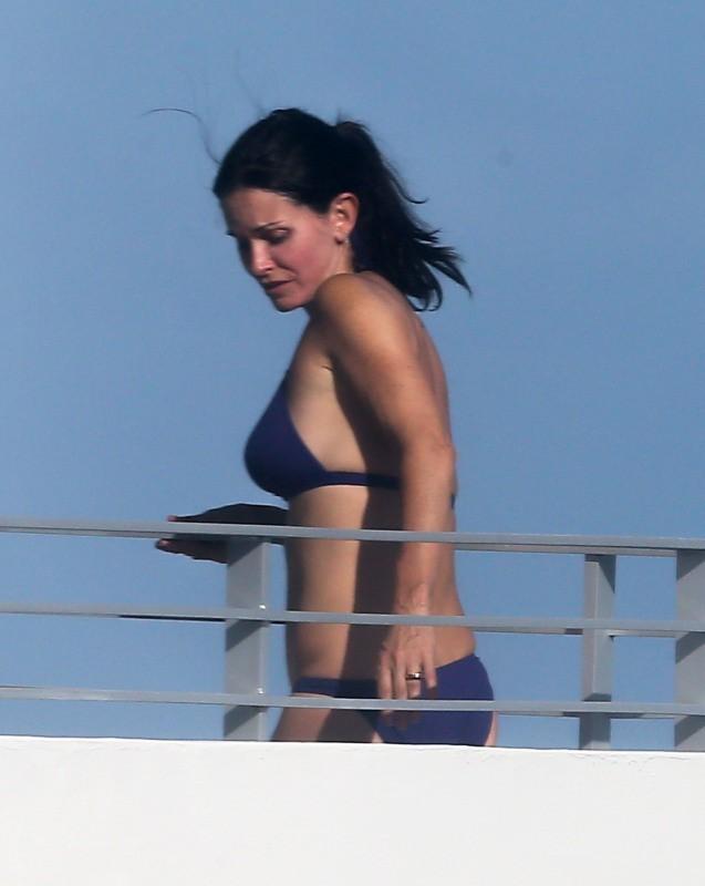 Courteney Cox le 18 novembre 2012 à Miami