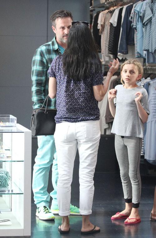 Courteney Cox et David Arquette à West Hollywood le 12 juin 2014 pour une virée shopping avec leur fille Coco