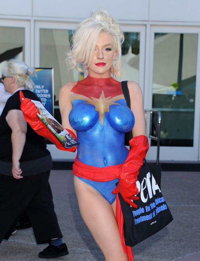 Courtney Stodden au Comic-Con, le 10 juillet 2015
