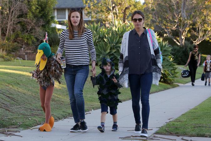 Les enfants de Jennifer Garner dans leur costume d'halloween