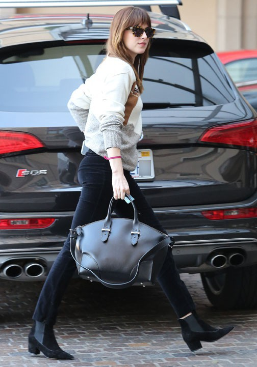Dakota Johnson à Beverly Hills le 21 février 2015