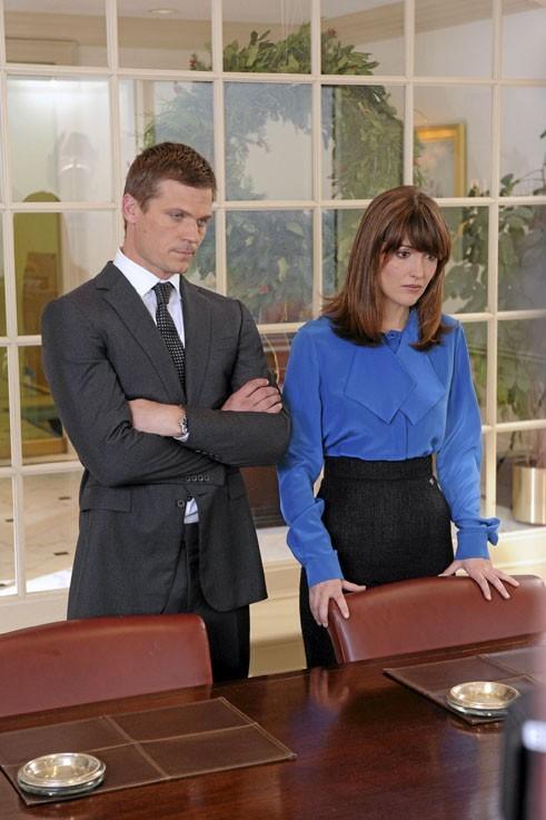 Bailey Chase (Sean) et Rose Byrne (Ellen)