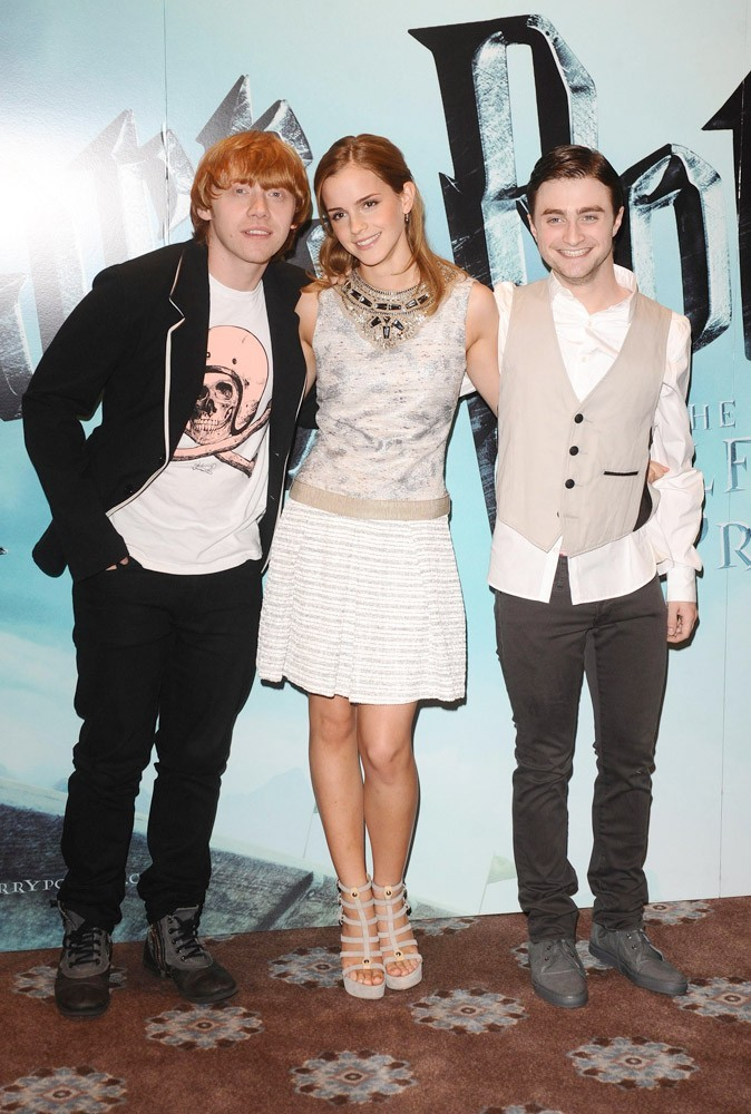 Photos : peu à peu, Emma s'affirme au milieu des deux garçons !