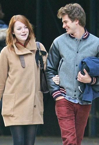 Andrew Garfield complètement charmé par Emma Stone!