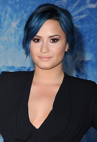 Demi Lovato à Los Angeles le 19 novembre 2013