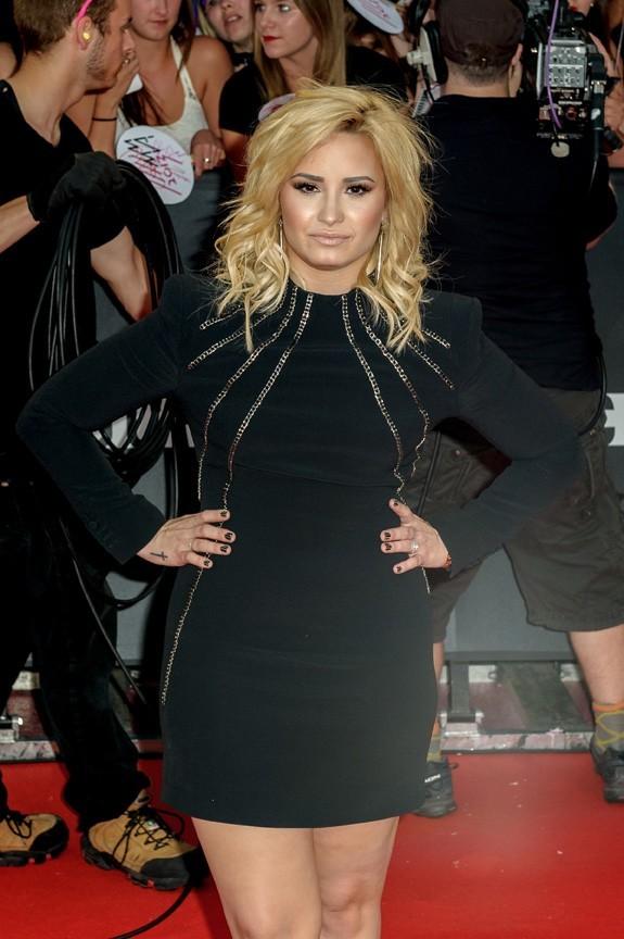 Demi Lovato sur le tapis rouge des MuchMusic Awards, à Toronto, le 16 juin 2013