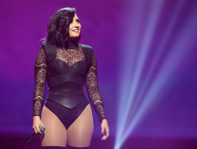Demi Lovato et Nick Jonas en concert à New York ce dimanche 10 juillet 2016