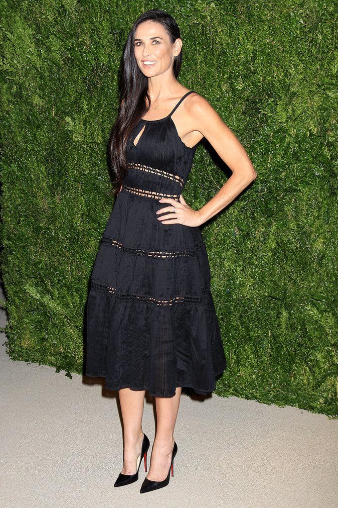 Demi Moore : Sublime, elle éclipse les top-model aux Vogue Fashion Fund Awards !