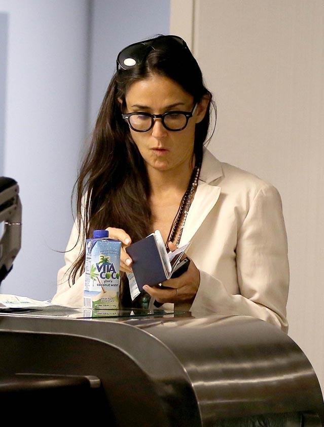 Demi Moore à l'aéroport de Los Angeles le 24 juin 2013