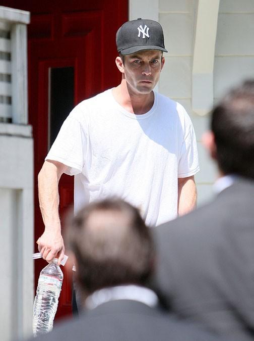 Desmond Harrington à la sortie de la maison d'Amanda Seyfried le 31 juillet 2012