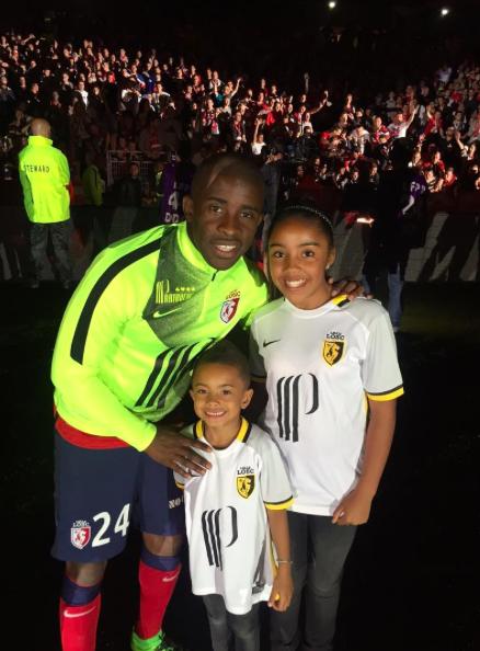 Rio Mavuba avec ses enfants : Uma et Thiago