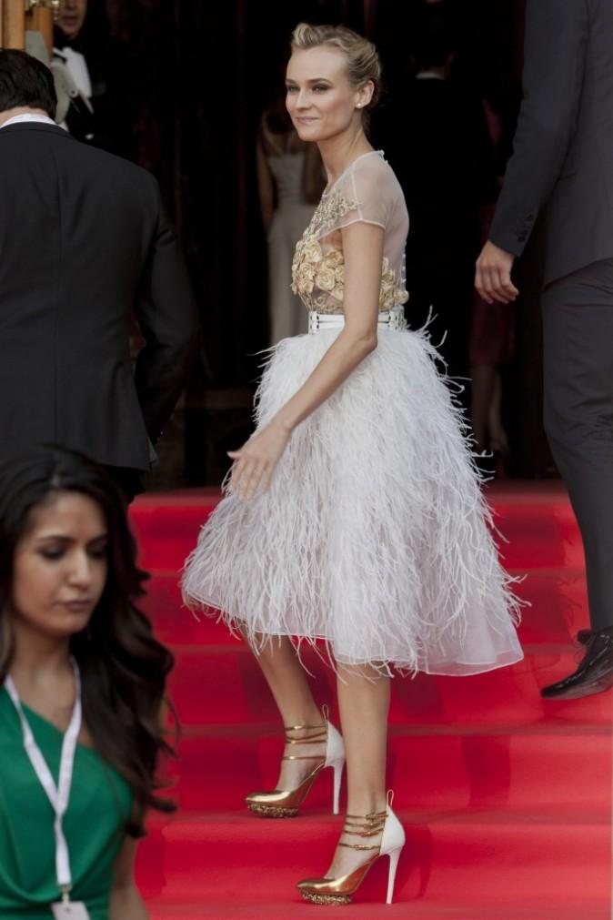 L'actrice allemande porte les robes comme personne !