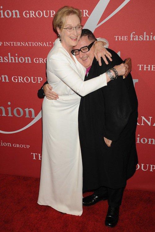 Meryl Streep et Alber Elbaz (Lanvin) à la soirée Night of Stars Gala, à New York, le 22 octobre 2015